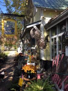 Nashville garden shop